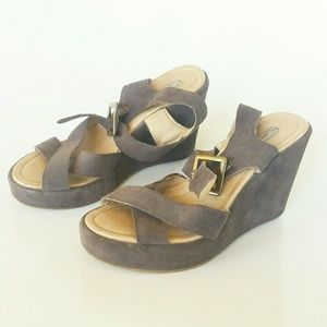 Anthropologie Kimchi Blue Wedge Platform Sandals